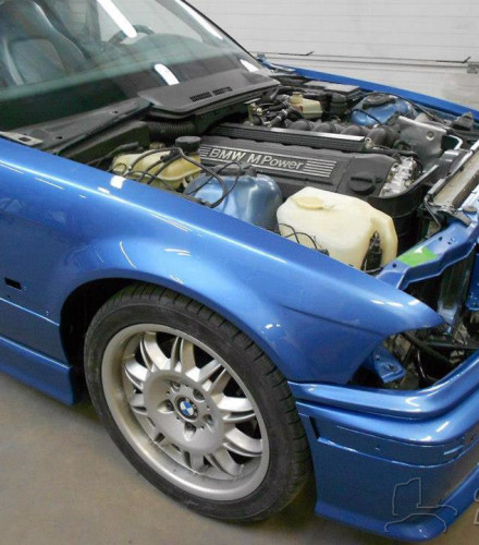 BMW M3 3.2L